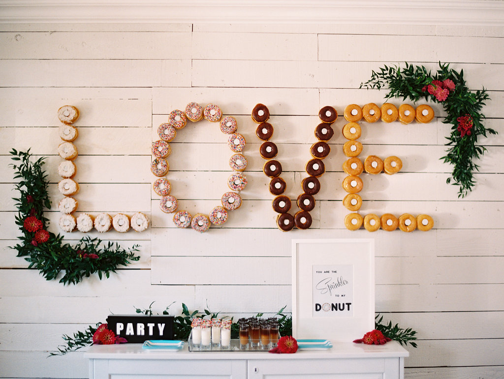 Christmas Cake Design 2018 : Wedding Trend: Doughnut Walls On Sunny Slope Farm